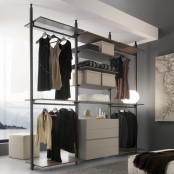 Byron Walk-in Closet