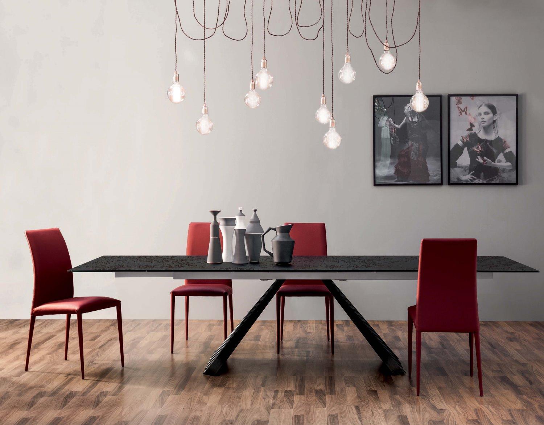Tavolo con base centrale design ventaglio arredaclick