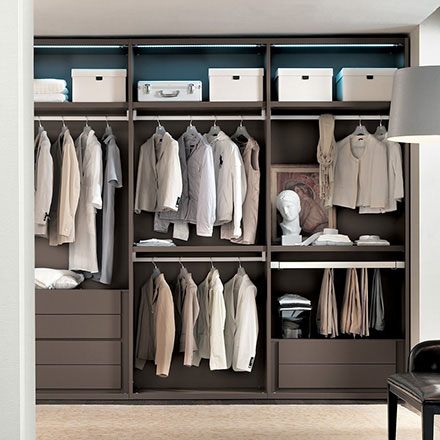 Player Walk-in Closet