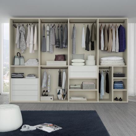 Tilt Walk-in Closet