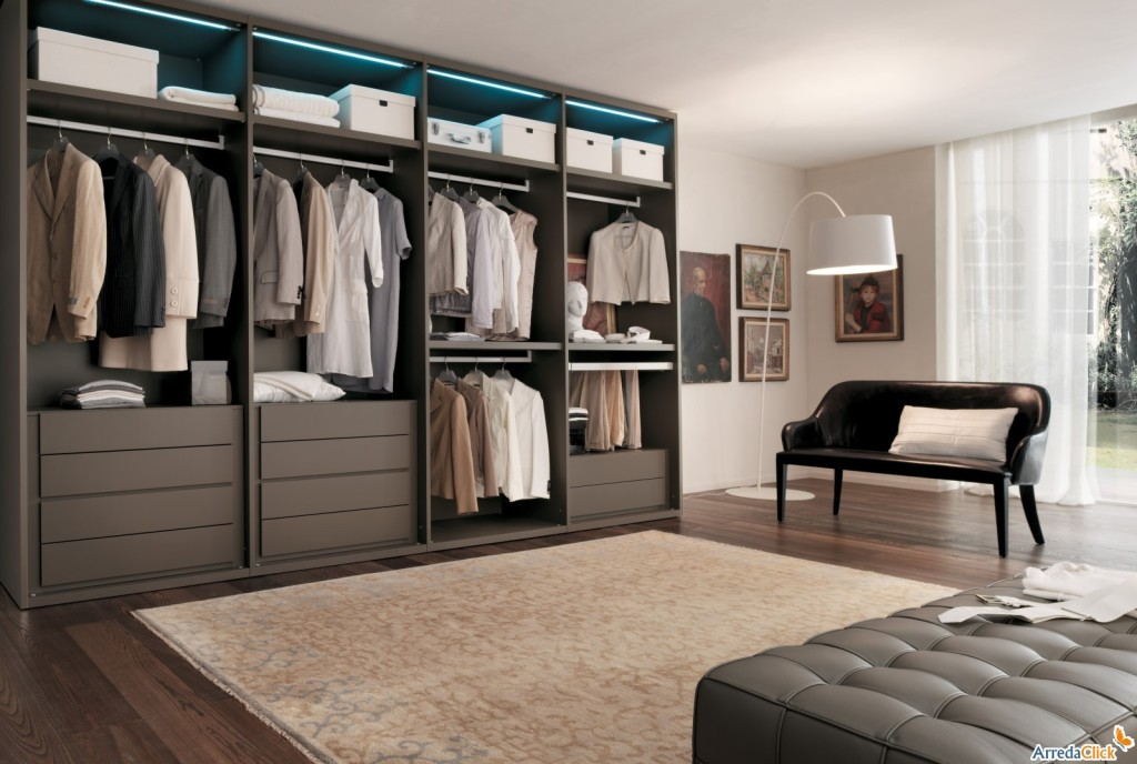 Idee come scegliere la cabina armadio arredaclick for Armadio con ripiani