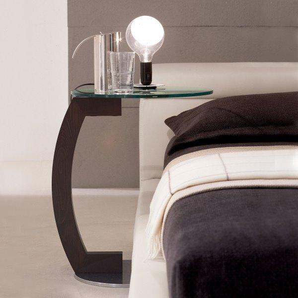 Tavolino utilizzabile di fianco al letto Zen