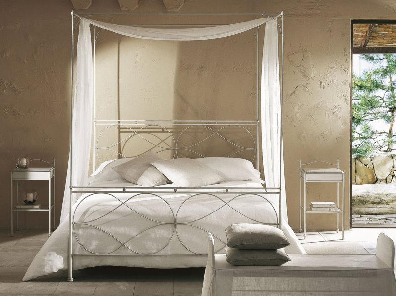 Letto Raphael - letto a baldacchino in ferro laccato bianco