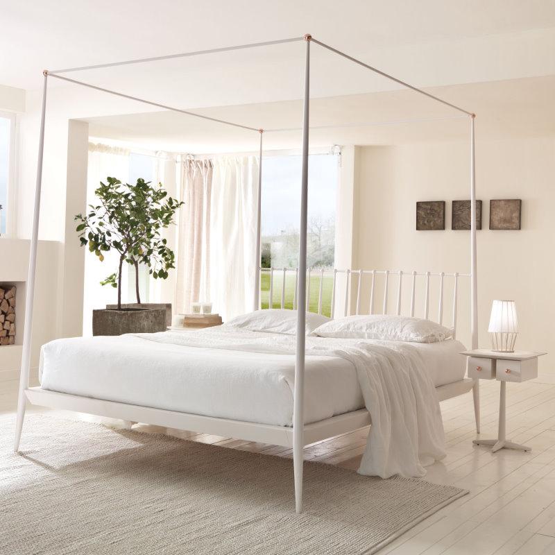 Letto Urbino - struttura a baldacchino in metallo bianco panna