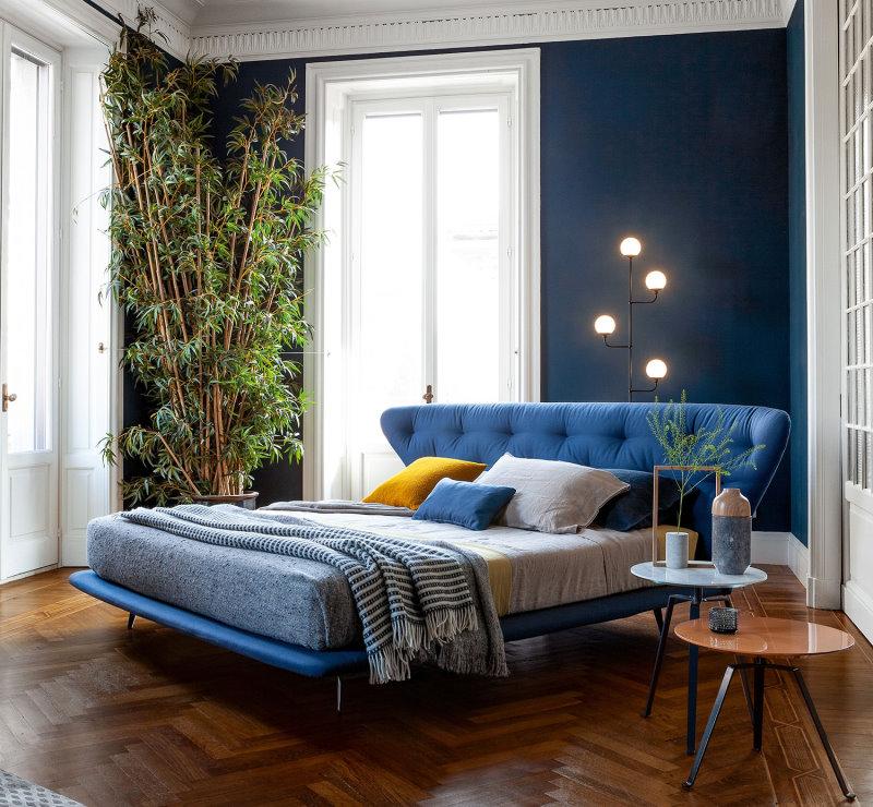 Letto Lovy Bed posizionato centro stanza a 45°