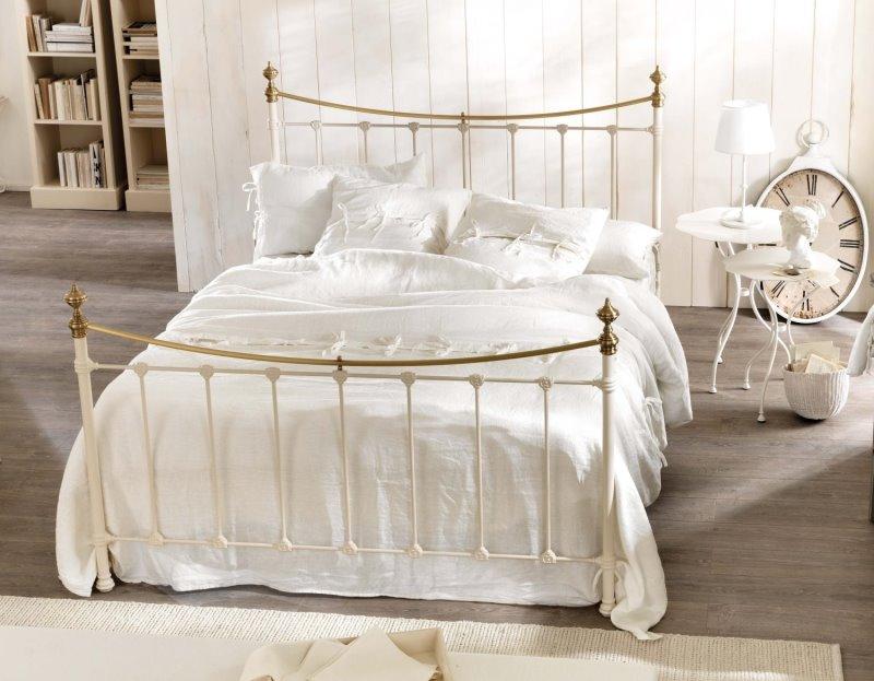 Idee letto alla francese misure e modelli arredaclick - Camera da letto misure ...
