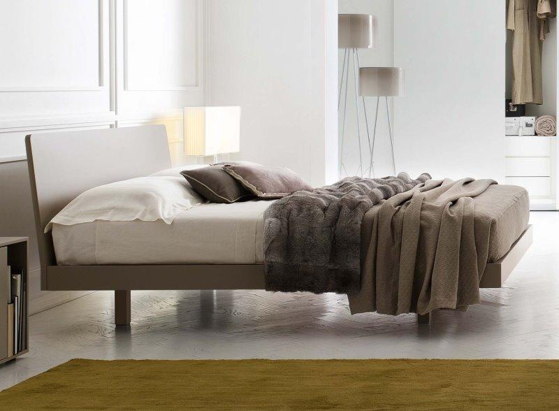 Letto Marlin: letto in legno essenza, rovere laccato, laccato opaco o nobilitato