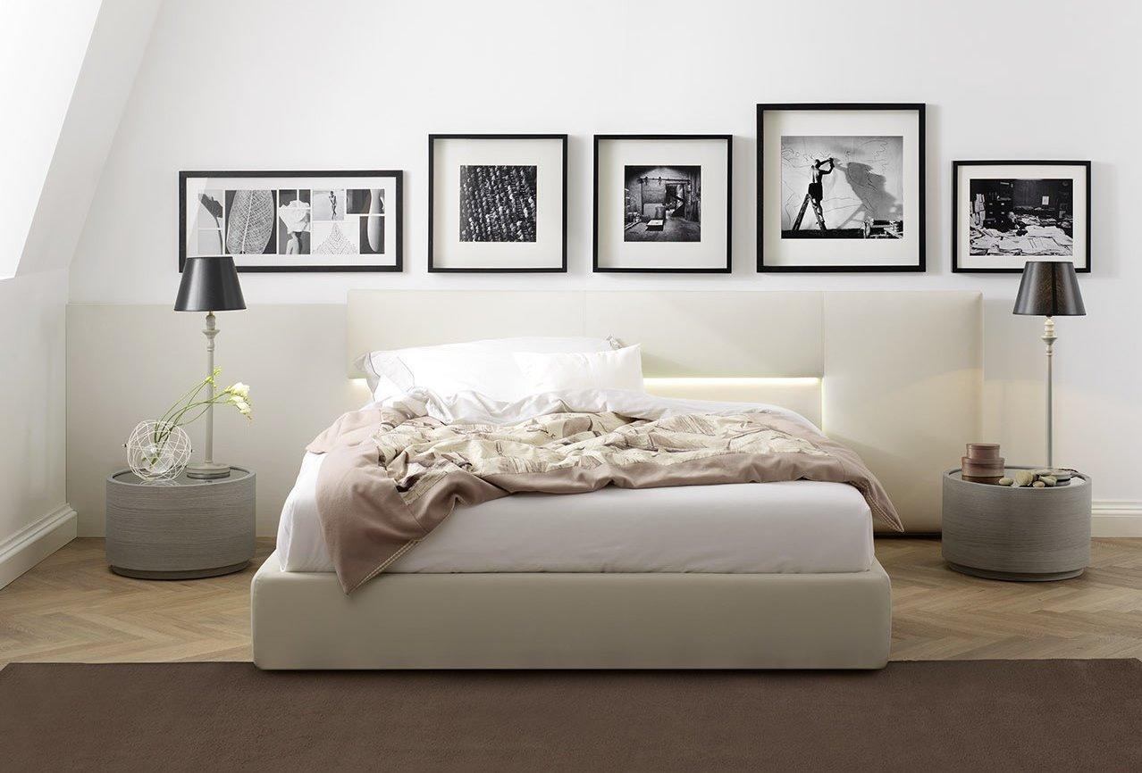Idee testiera boiserie per un letto su misura arredaclick - Cuscini spalliera letto ...