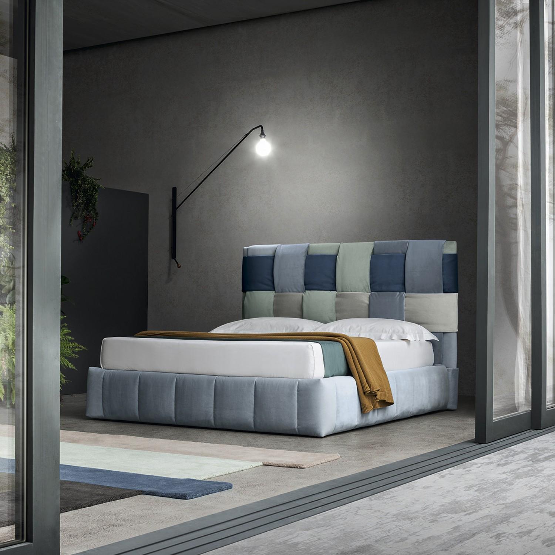 Idee come pulire sotto al letto contenitore arredaclick - Prodotti per pulire il divano in tessuto ...
