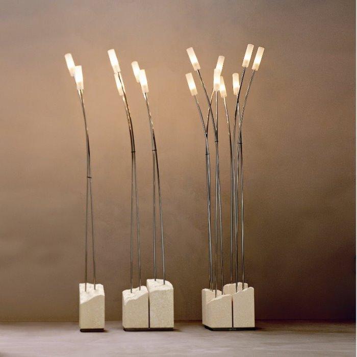 Canne è una preziosa ed elegante lampada a stelo