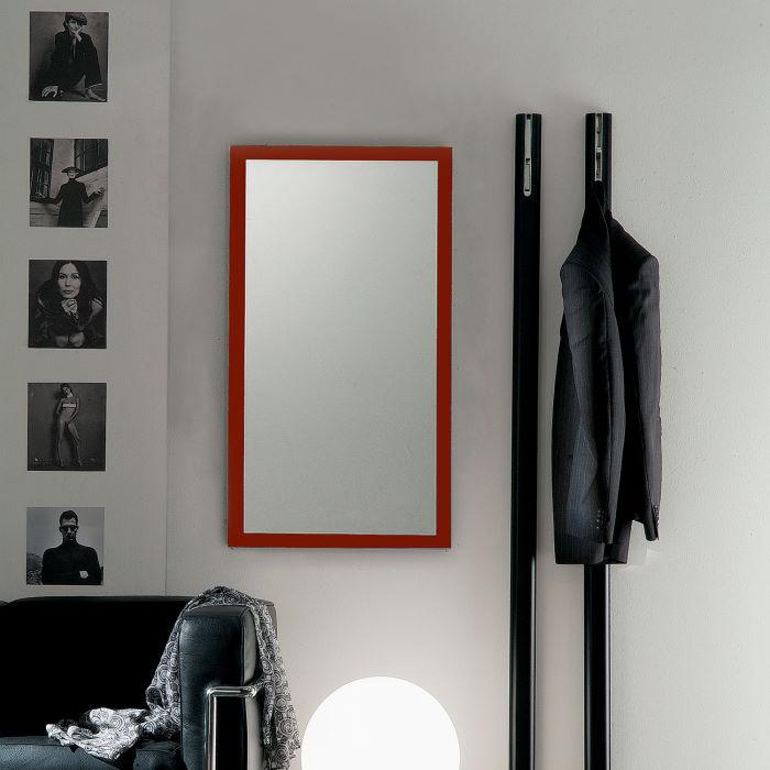 Specchio rettangolare per ingresso con cornice rossa