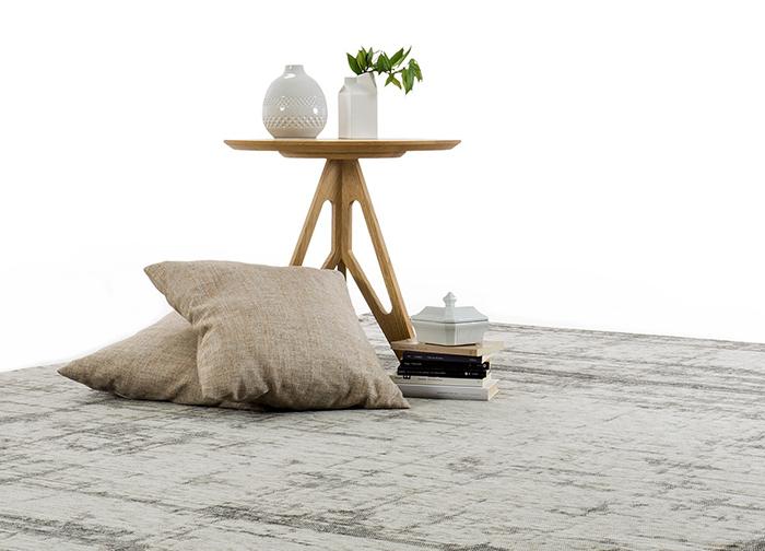Tappeto sotto il divano idee per il design della casa - Tappeti per sala da pranzo ...