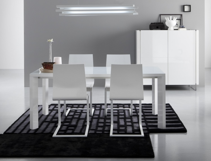 Arredaclick blog come posizionare un tappeto in salotto for Salotto con tavolo da pranzo