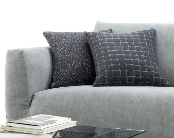 Idee great news sono arrivati i tessuti d 39 arredo online for Cuscini arredo design