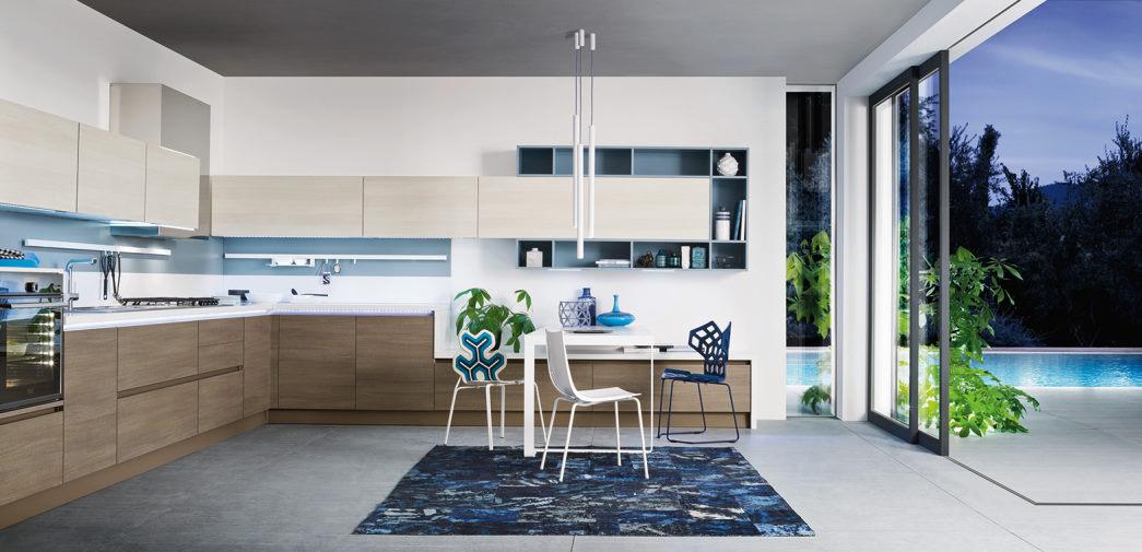 Cucina bianca, legno e azzurra Six 04