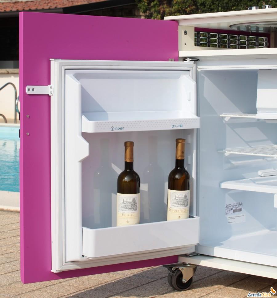 Idee una mini cucina per arredare una piccola casa arredaclick - Cucina compatta ...