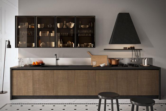Cucina lineare con pensili in vetro fumé trasparente Six 11