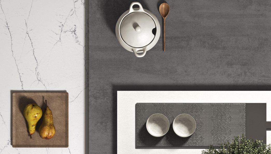 Moodboard cucina bicolore bianca e grigia effetto cemento