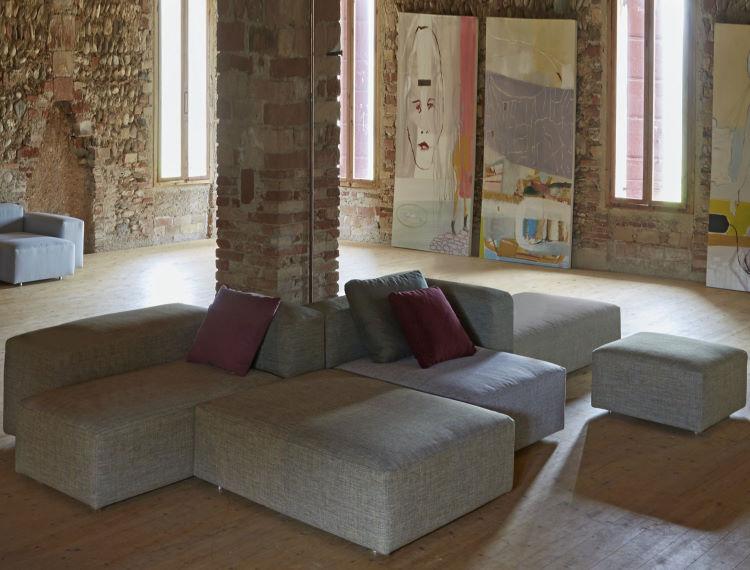 Divano a moduli componibili in open space con colonna centrale - Onice