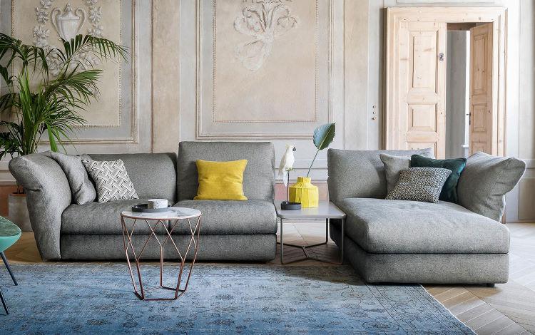 Divano e chaise longue con schienali e braccioli alti - Cortina