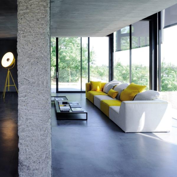 Divano modulare grigio e giallo Aloe