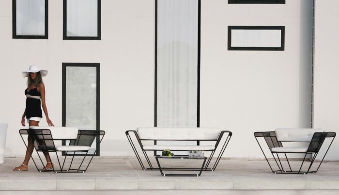 Idee 10 idee per un salotto in terrazzo arredaclick - Salottini per esterno ...