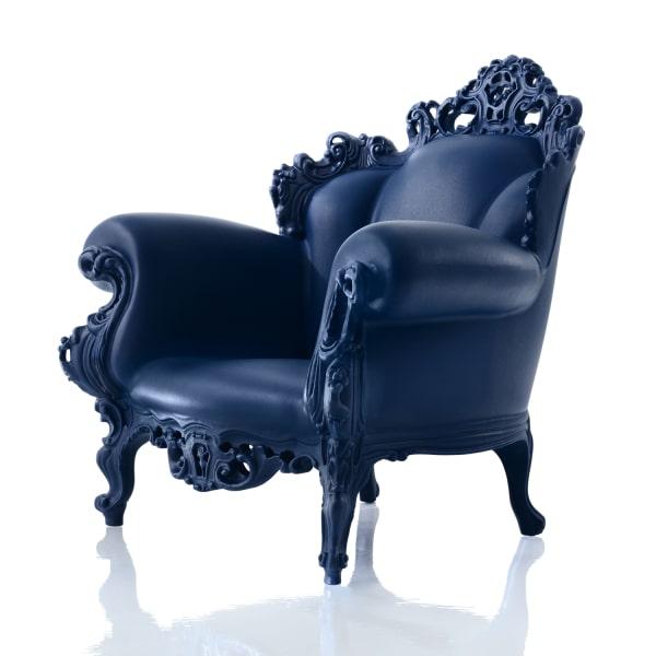 Poltrona blu scuro di design Proust