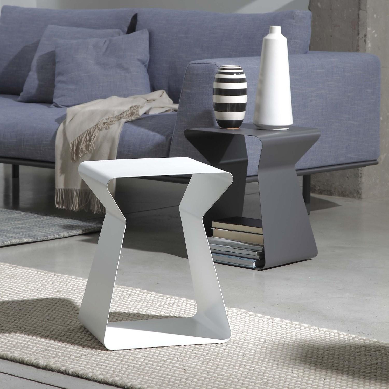 Idee come scegliere il tavolino da salotto arredaclick - Tavolini da divano ...