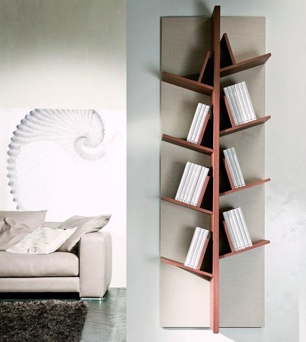 Libreria con ripiani sfalsati Tree