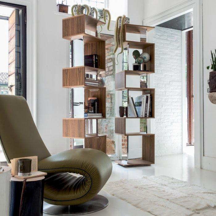 Libreria Osuna + poltrona Ricciolo