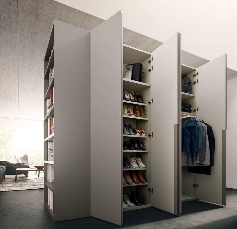 Grande armadio da ingresso grigio con appendiabiti e scarpiera - Midley Wide