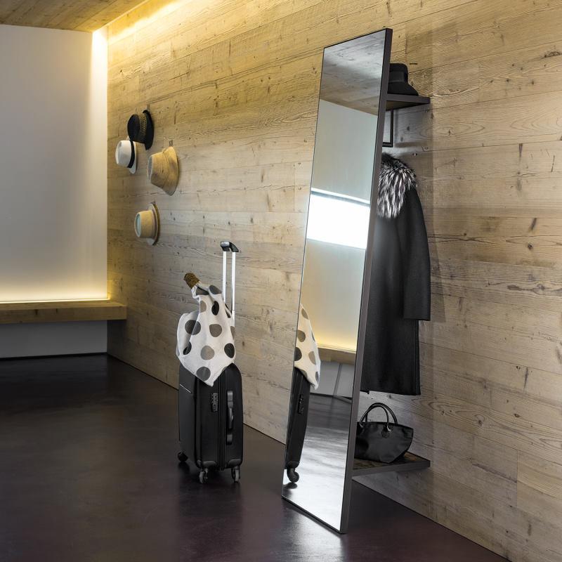 Grande ingresso con specchio con appendiabiti posteriore - Kigo
