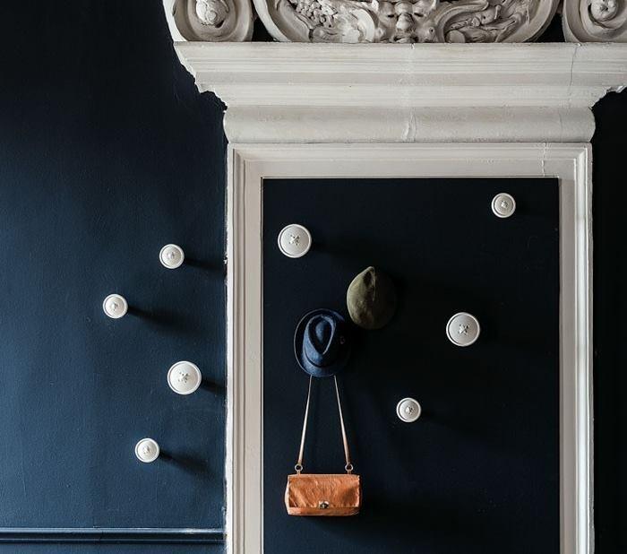Pomelli appendiabiti da parete a forma di bottoni bianchi - Bottone