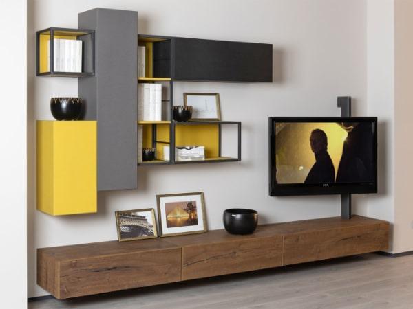 Parete TV moderna personalizzata con grigio e giallo Rebel 09