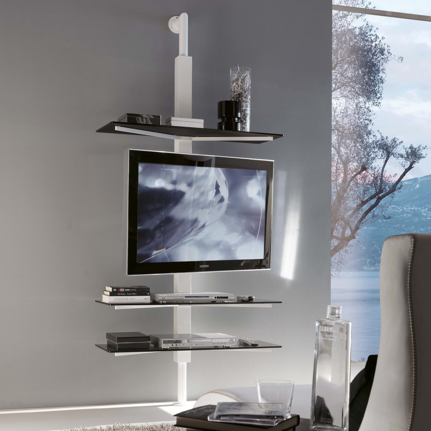 Arredaclick blog come arredare un monolocale idee - Mensola porta tv ...