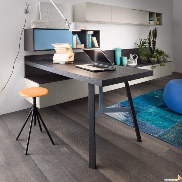 Idee ricavare un angolo computer in soggiorno diotti com for Parete soggiorno ad angolo
