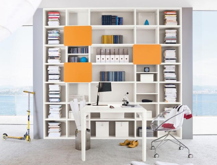 Idee scrivania ricavare l 39 angolo studio perfetto per i for Scrivania richiudibile