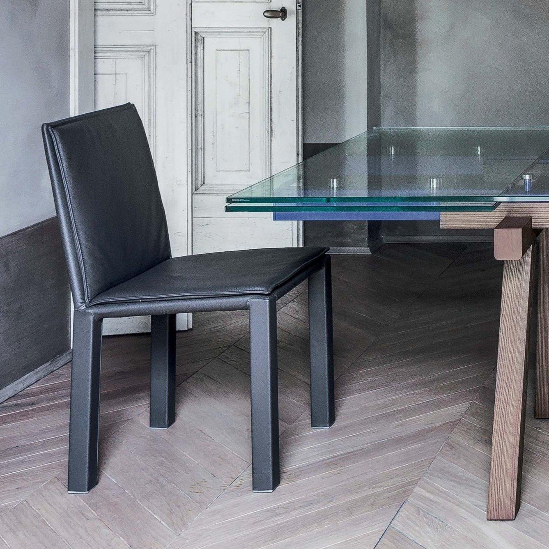 Idee sedie in pelle 6 modelli e 6 prezzi arredaclick for Tavoli e sedie da soggiorno prezzi