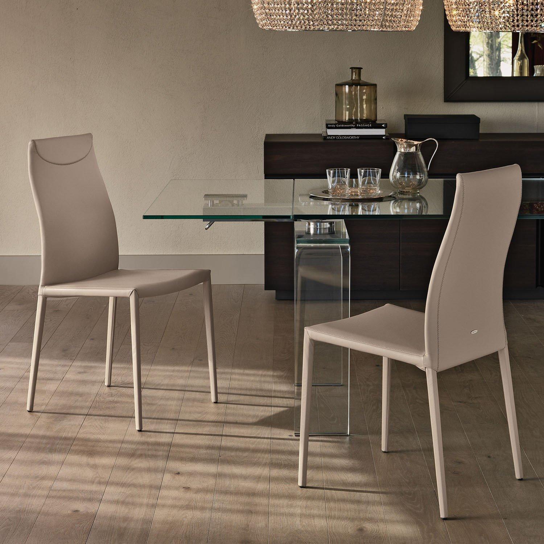 Idee sedie in pelle 6 modelli e 6 prezzi arredaclick for Tavolo consolle alto