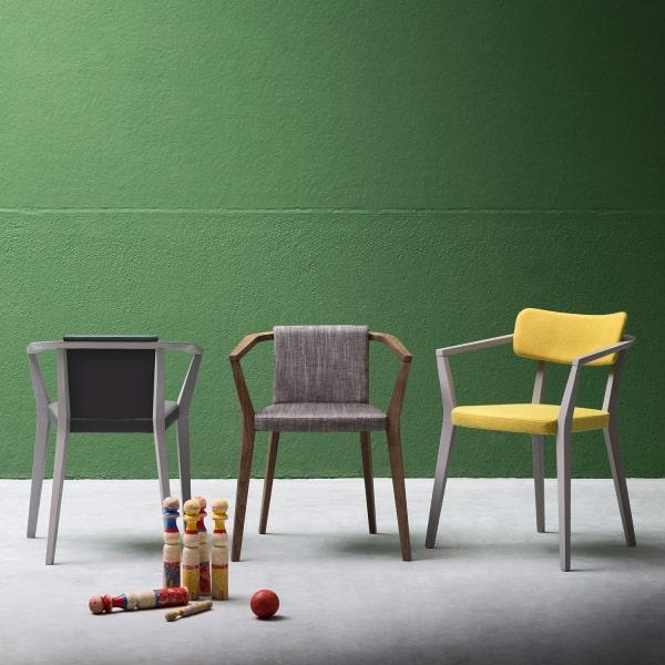 Collezione di sedie grigie e gialle Isabella