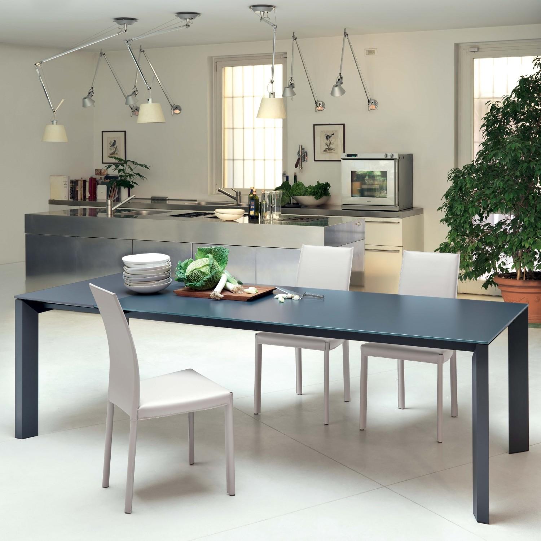 Arredaclick blog tavolo da cucina resistente e pratico 2 il vetro antigraffio arredaclick - Tavoli da cucina a muro ...
