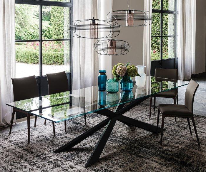 Idee tavoli con gambe incrociate 10 modelli 10 prezzi for Tavoli design prezzi