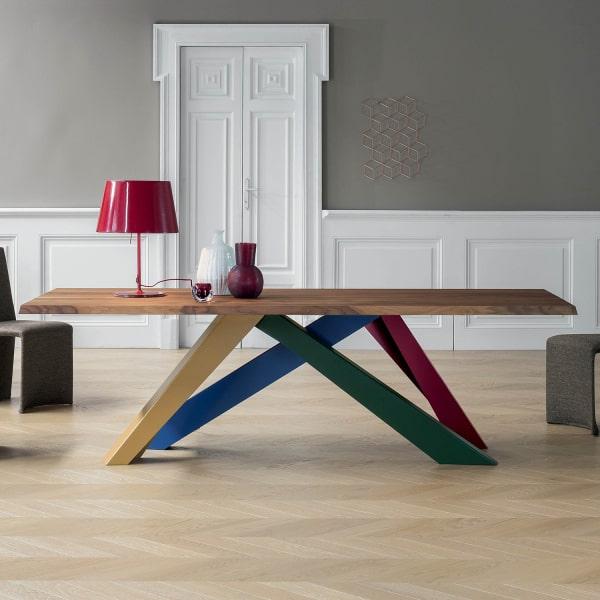 Tavolo di design con gambe colorate Big Table