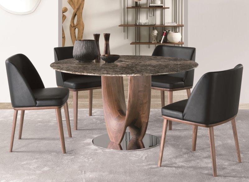 Tavolo da pranzo con piano in marmo Emperador e struttura centrale in legno essenza - Arex