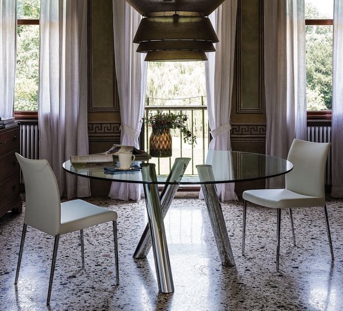 Idee tavoli con gambe incrociate 10 modelli 10 prezzi for Tavolo rotondo nordico