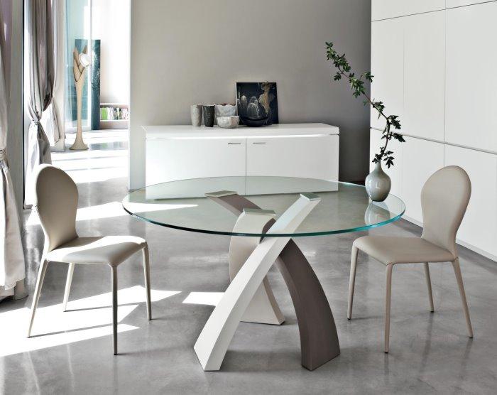 Idee tavoli con gambe incrociate 10 modelli 10 prezzi for Tavolo rotondo allungabile design moderno