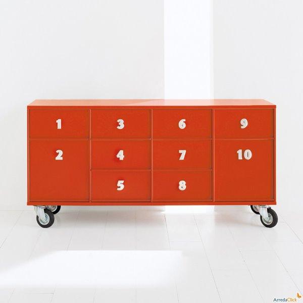 Idee mobili contenitori che danno i numeri in ufficio for Armadi prezzi bassi
